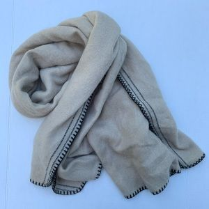 Zara Accessories Blanket Scarf Cream Black